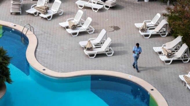 Uno de los hoteles de Mallorca que participan en el proyecto piloto de reapertura de fronteras se prepara para la llegada de turistas alemanes.