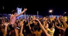 Los hinchas del Cádiz celebran el ascenso a Primera División