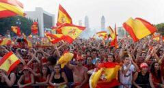 Miles de personas se congregaron en Barcelona en 2010 para ver la final entre España y Holanda