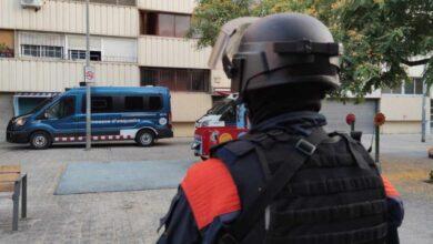 Detenida en Barcelona por morder el dedo a una mujer y tragárselo durante una pelea