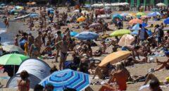 Barcelona vuelve a cerrar tres playas este domingo por exceso de bañistas