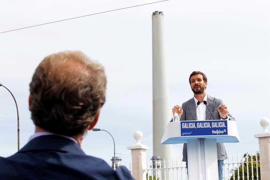 """Casado dice ahora que el modelo para """"llegar a Moncloa"""" es el de Feijóo"""