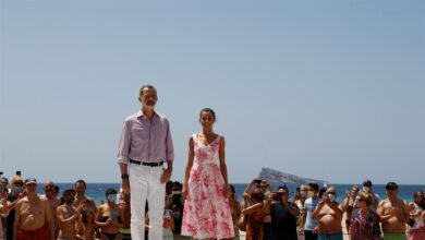 Los reyes Felipe VI y Letizia visitan Benidorm en su gira por España