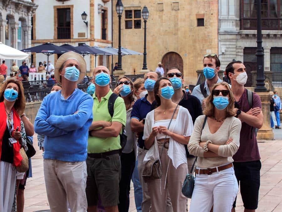 El número de contagiados desde el viernes se incrementa en 6.361 en España