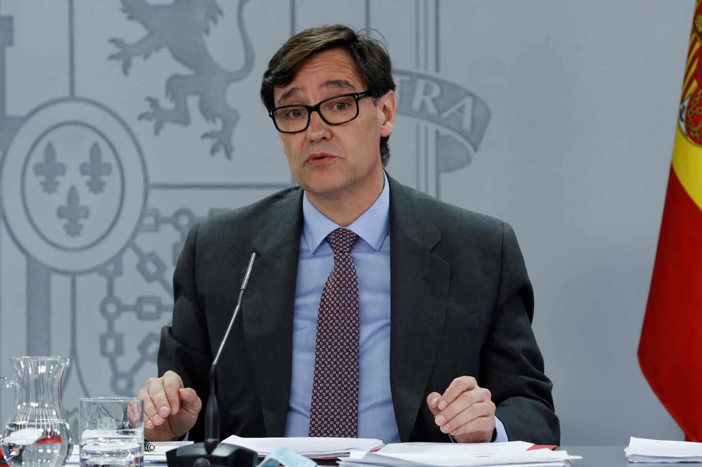 El ministro de Sanidad, Salvador Illa, durante la rueda de prensa tras el Consejo de Ministros celebrado en Moncloa este martes.