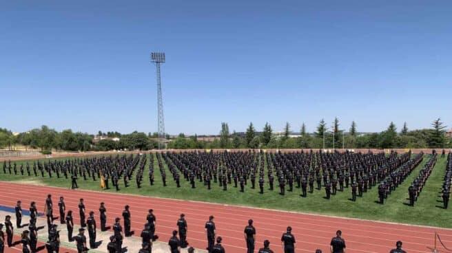 Integrantes de la última promoción de Policía, en la Escuela Nacional de Ávila.