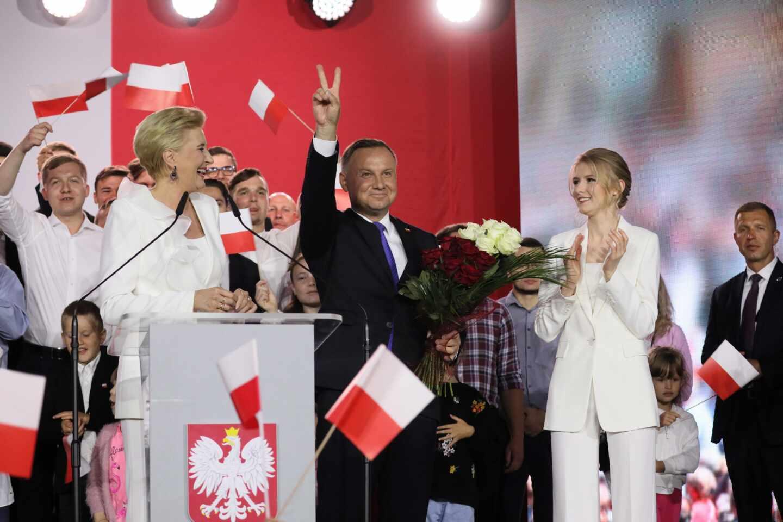 El presidente Andrzej Duda gana las elecciones en una Polonia dividida en dos - El Independiente