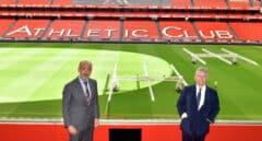 El presidente de Petronor, Emiliano López Atxurra, y el presidente del Athletic de Bilbao, Aitor Elizegi.