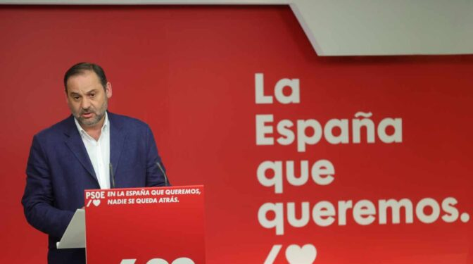 El PSOE marca distancias con Podemos por no condenar los disturbios mientras Echenique matiza