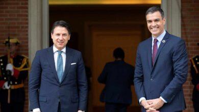 """Sánchez alaba a los medios por las informaciones """"inquietantes"""" sobre el Rey emérito y elude apoyar a Iglesias"""