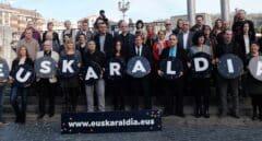 Euskadi paga 1.200 euros por cada uno de los 32.000 alumnos de las academias de euskera
