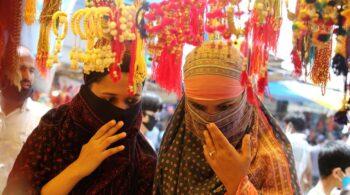 España impone cuarentena de 10 días a viajeros de la India desde el 1 de mayo
