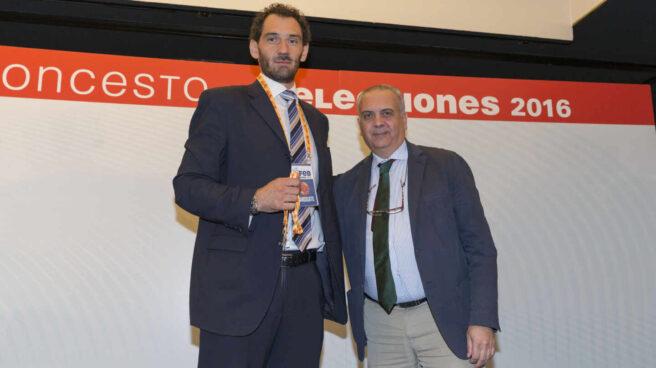 Jorge Garbajosa y José Luis Sáez, el día en que el primero relevó al segundo.