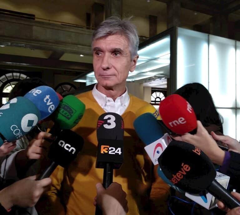 Cataluña limitará el horario de los comercios 24h con los contagios disparados