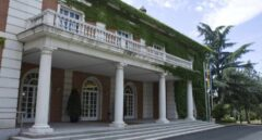 Un juez obliga a reincorporar a los camareros despedidos de La Moncloa