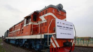 España explota la 'ruta de las mascarillas' de Asia en tren y barco