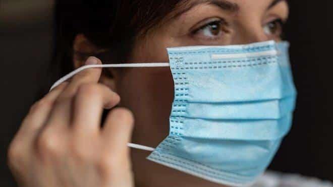 El Gobierno no baja el IVA de las mascarillas higiénicas ni de las FFP2