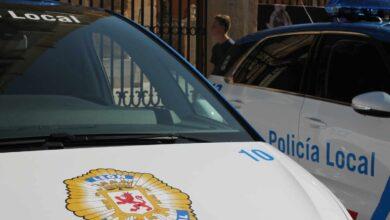 Dos policías de León reciben una paliza al intentar identificar a varias personas sin mascarilla