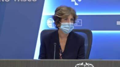 """Euskadi advierte de que está ante """"un posible tsunami"""" e insiste en que se revise el ocio"""