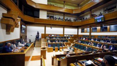 PNV y PSE activan su alianza en la sesión de constitución del Parlamento Vasco