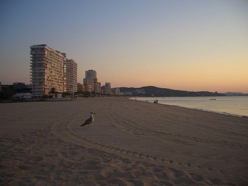Muere un joven de 16 años en una playa de Girona y ya son 20 los ahogados en Cataluña