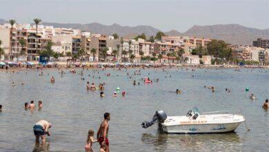 De Murcia a Canarias: las regiones turísticas donde crecen con más fuerza los contagios