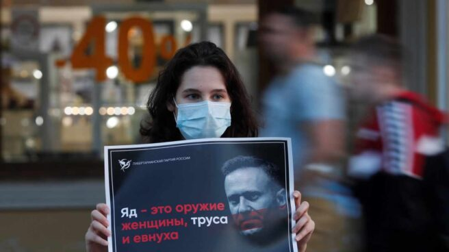 Opositora-cartel Navalny