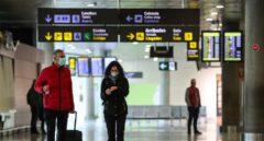 La controvertida práctica de las aerolíneas: vender 'billetes fantasma' para lograr liquidez