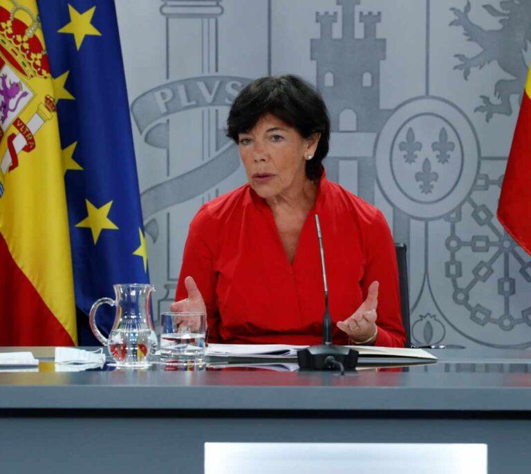 Sólo el 0,73 % de las aulas en España está confinada