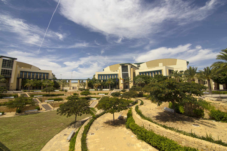 Antiguos estudios de la Ciudad de la Luz y actual sede de la Sociedad Proyectos Temáticos de la Comunidad Valenciana (SPTCV).