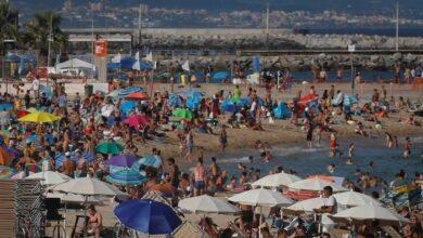 Los contagios siguen remitiendo en Cataluña: 863 positivos y cinco muertos en 24 horas