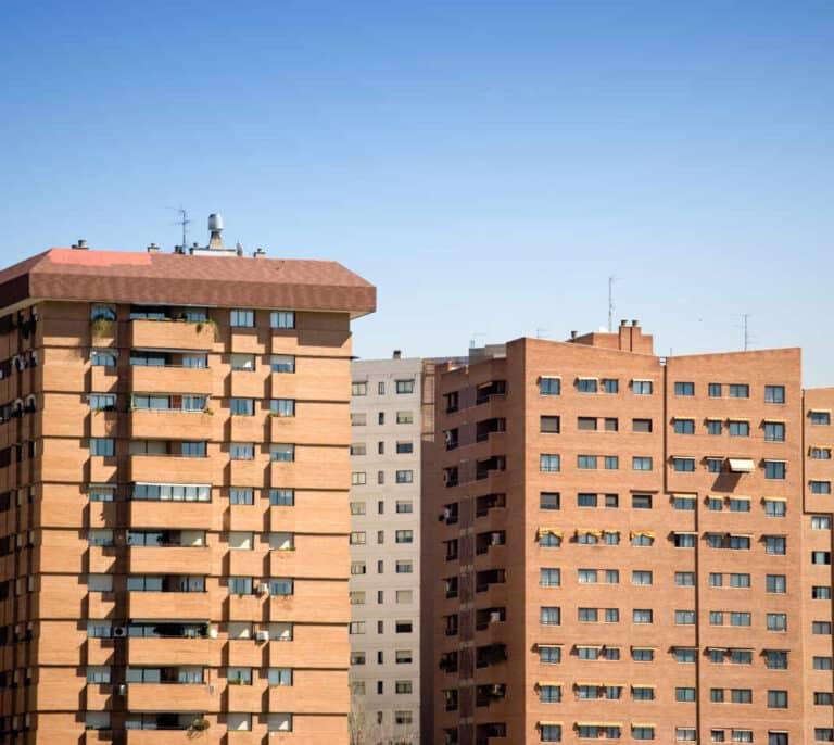 La vivienda nueva sube un 6% en el último año por el aumento de la demanda y la falta de materiales