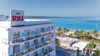 RIU compra a TUI su participación del 49% en 19 hoteles por 670 millones de euros