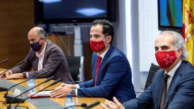 Acuerdo entre Sanidad y Madrid: no habrá intervención y los criterios para confinar serán iguales en toda España
