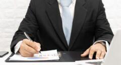 Fallece un autónomo o socio. ¿Los herederos tienen que pagar los impuestos de la actividad?