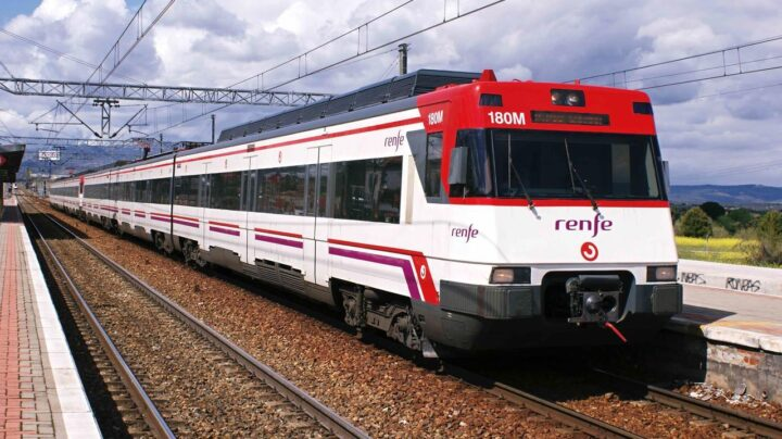 Varios actos vandálicos con motivo de la Diada impiden la circulación de trenes en Cataluña