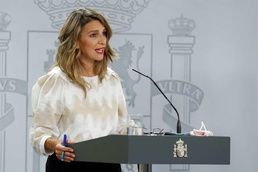 La ministra de Trabajo, Yolanda Díaz, durante su intervención en la rueda de prensa posterior a la reunión semanal del Consejo de ministros