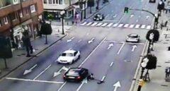 Detenido en Gijón por embestir con su coche intencionadamente a un joven en patinete