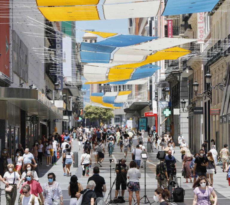 La Comunidad de Madrid notifica 3.958 nuevos casos y dos fallecidos