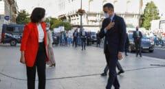 Pedro Sánchez se reúne en la Puerta del Sol con Isabel Díaz Ayuso