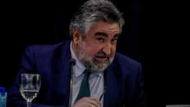 """El ministro de Cultura sobre las críticas del PSOE a Trapiello: """"No me parece un revisionista. Es un magnífico escritor"""""""
