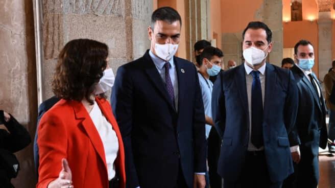 Pedro Sánchez se reúne en la Puerta del Sol con Isabel Díaz Ayuso.
