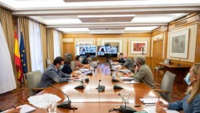 Sanidad confinará Madrid a pesar de la oposición del Gobierno de Ayuso