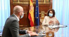 La congelación salarial de los funcionarios no está en la mesa de negociación de Montero y Álvarez