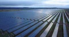 El doble reto del sector energético: expandir las renovables garantizando el suministro