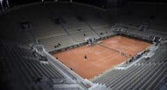 Frío, gris, vacío: la tristeza de un Roland Garros sin público