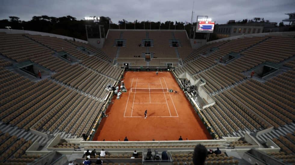 La cancha Suzanne Lenglen, la segunda en importancia, durante un partido de primera ronda