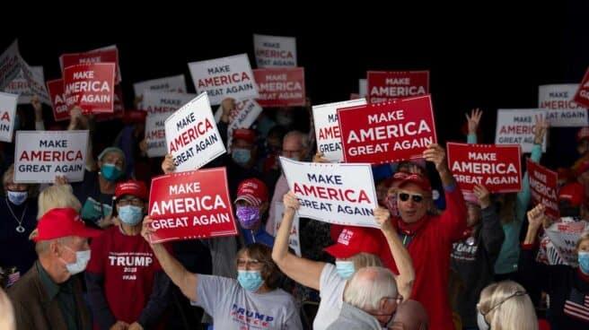 Mitin seguidores Trump Pence