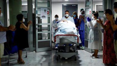 España suma 8.115 contagios pero los hospitalizados descienden en Madrid