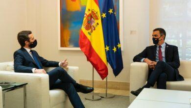 Sánchez y Casado acuerdan crear una Agencia para la Recuperación Económica y un pacto de Estado por la Sanidad